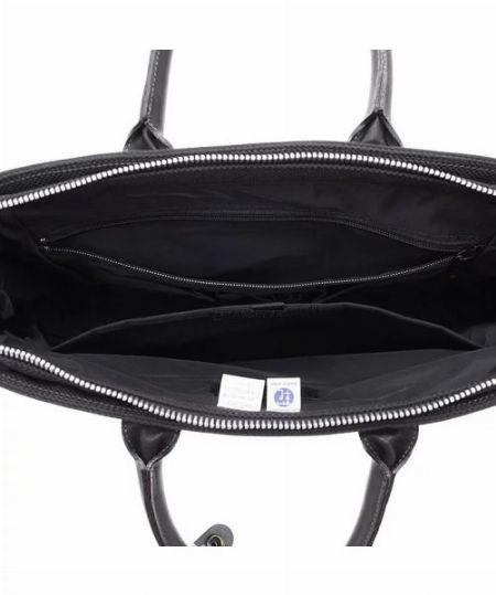 なるべく開口部の大きいバッグを選びましょう