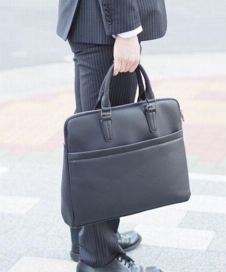 ビジネスマンの頼れる相棒、ビジネスバッグ選びは慎重に