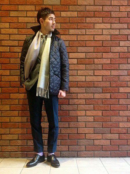 ▼ビジネススタイルに『ラベンハム』のキルティングジャケットを取り入れた好サンプル 3枚目の画像