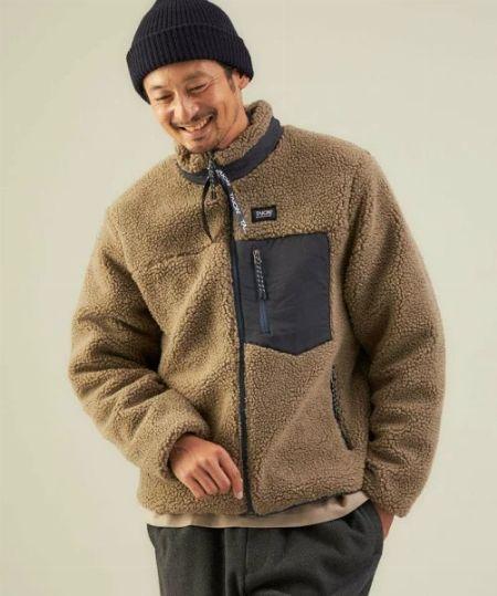 タイプ1:見た目にも暖かさ満点な総ボアジャケット