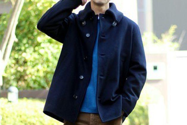 青ニットを着こなしのアクセントに。着回すコツとおすすめをレコメンド