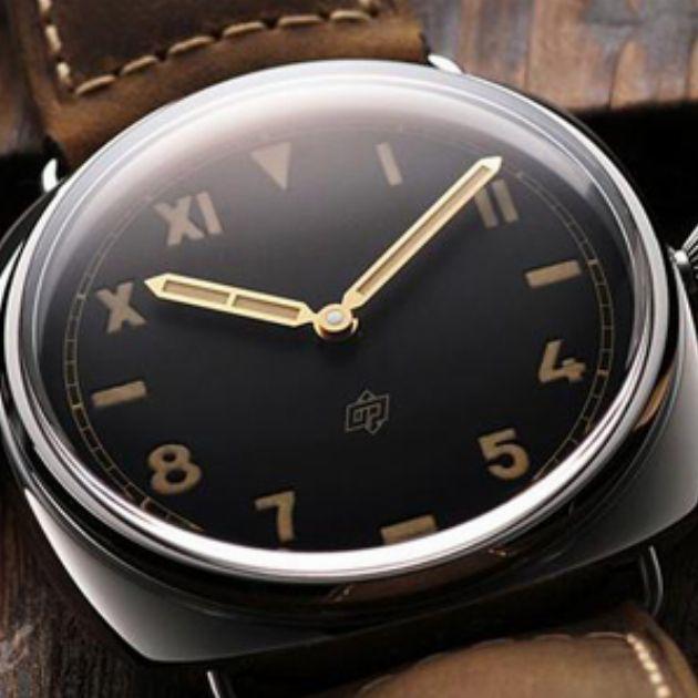 リラックスしたい休日は、お休み用腕時計を着けよう