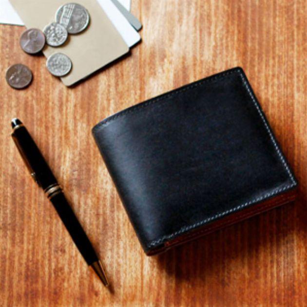 長く使うほどに愛着が湧く! 革専業ブランドの財布15選