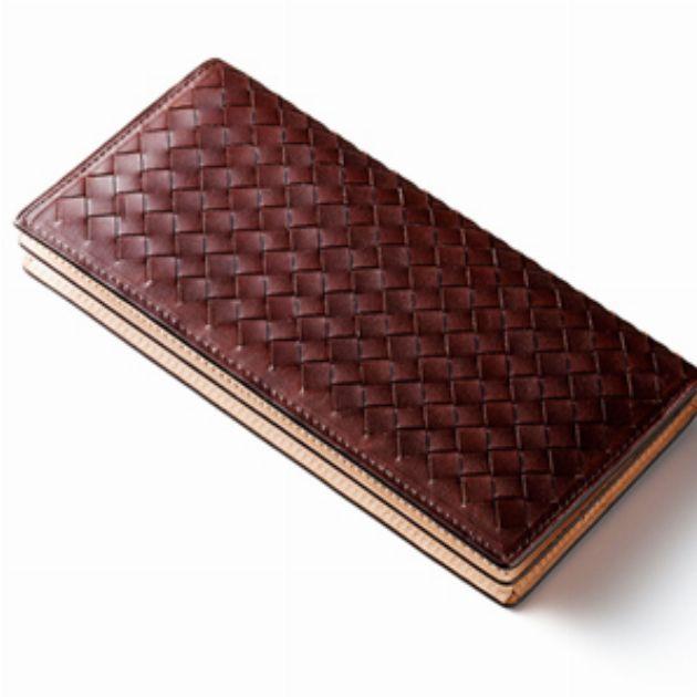ガシガシ愛用したい!鞄・財布専業ブランドの財布10選