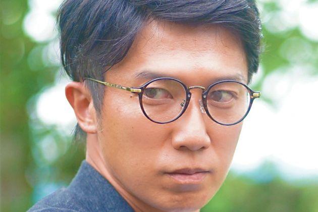 丸メガネはどう攻略すべき? 柔和な雰囲気を醸すラウンド型の活用法