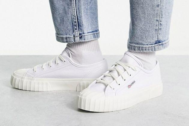 大人にこそ響く靴。スペルガのスニーカーの、おすすめを網羅