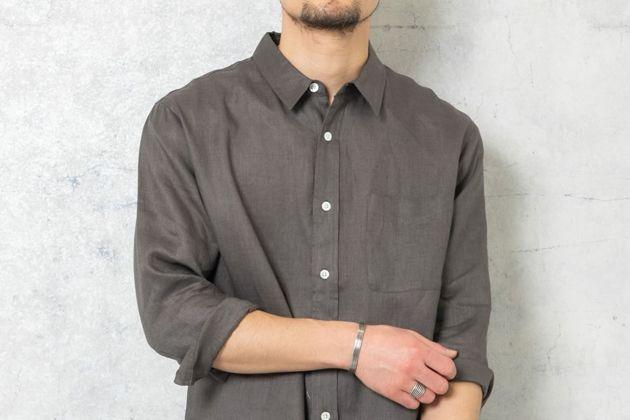 リネンシャツで涼と品を両得。着こなし方とおすすめブランド10選
