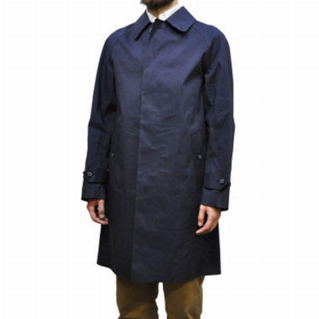 ジャケット感覚で軽快に着られるステンカラーコート!