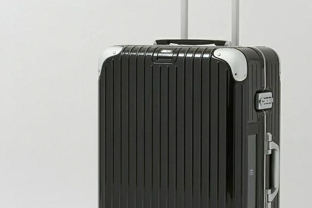 リモワのスーツケースが、おしゃれな大人を魅了する