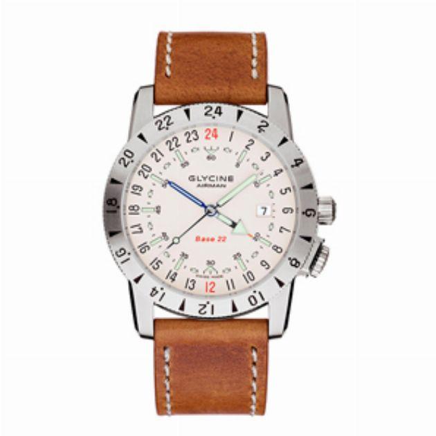 時計は海外旅行、野外活動も意識して選びましょう
