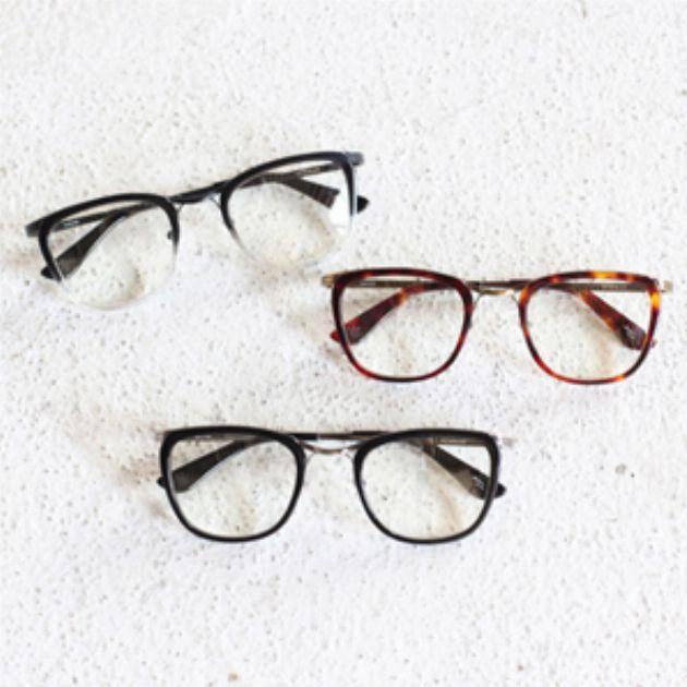 1万円前後で買えるおしゃれメガネ。ニューマンの魅力