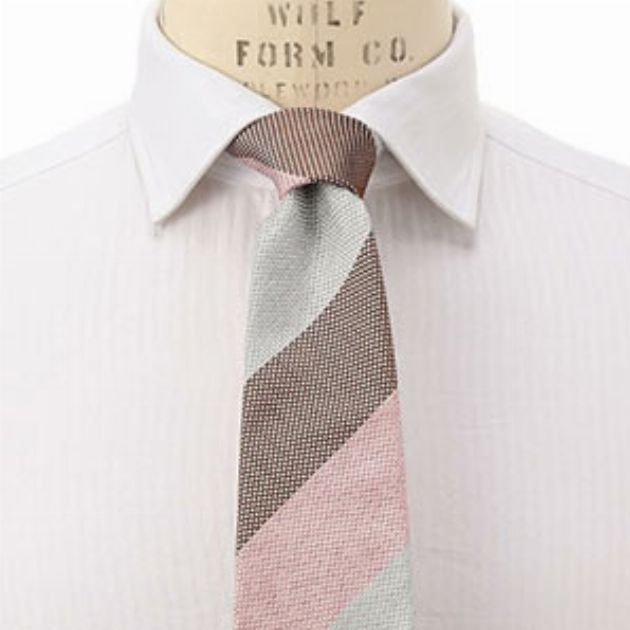 ネクタイを主役に。春らしい色の選び方と好相性コーデ