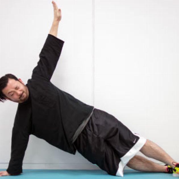 [第4回]編集部員が実践!脇腹の油断肉を凹ます腹筋術