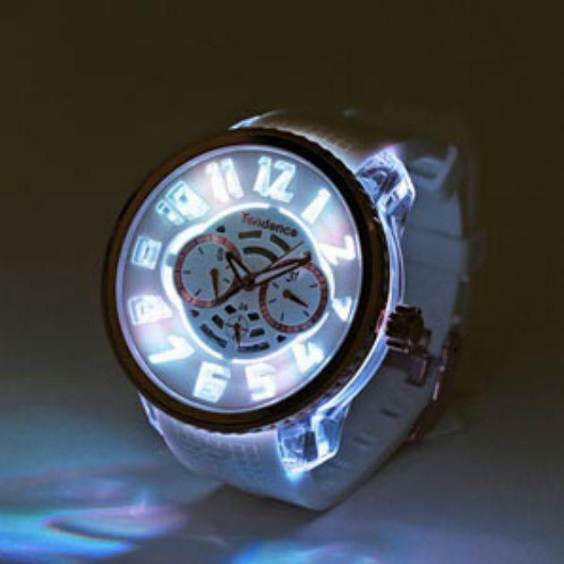 テンデンス|大人の腕元に遊び心を加える腕時計の魅力