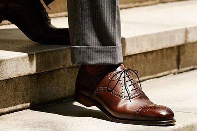 黒ばっかり選んでない? 茶系の革靴でイメチェンを