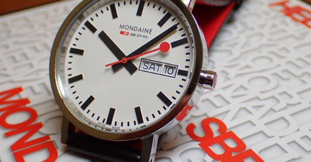 唯一無二のルックス。MoMAも認めたスイス時計モンディーン