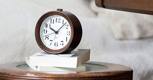 目覚まし時計が欲しいなら。心地良い朝を迎えるために、知っておきたい選び方
