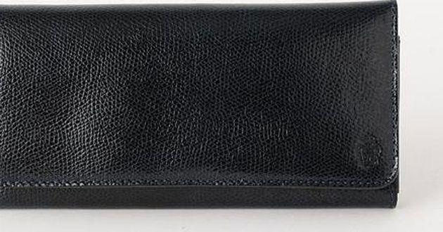 使いやすいカラーをセレクト。色別におすすめしたい財布一覧