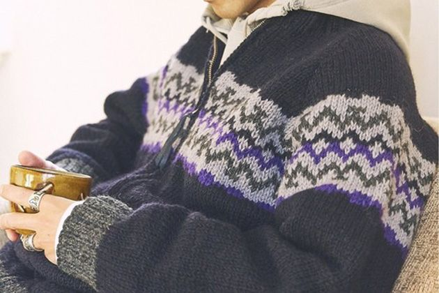 ノルディックニットで大人の冬コーデに温もりを