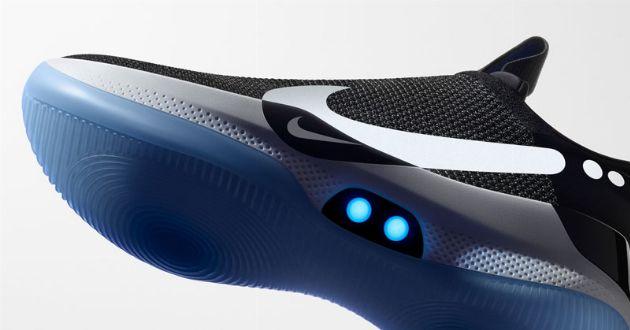立て続けのビッグニュース。未来の靴で、ゴー・トゥ・ザ・フューチャー!