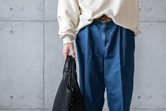 デニムスラックスが調子良い。オン・オフの装いとおすすめブランド