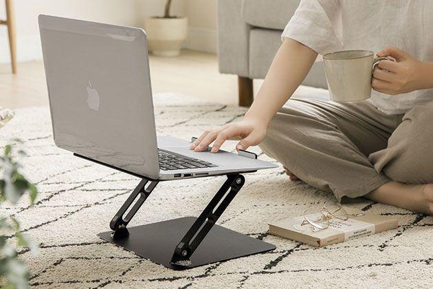 PCスタンドで作業効率UP。今すぐ活用すべき理由とおすすめ10品