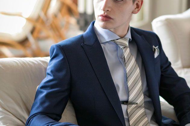 ネイビースーツに何合わせる? ネクタイ&シャツの好相性な合わせ方