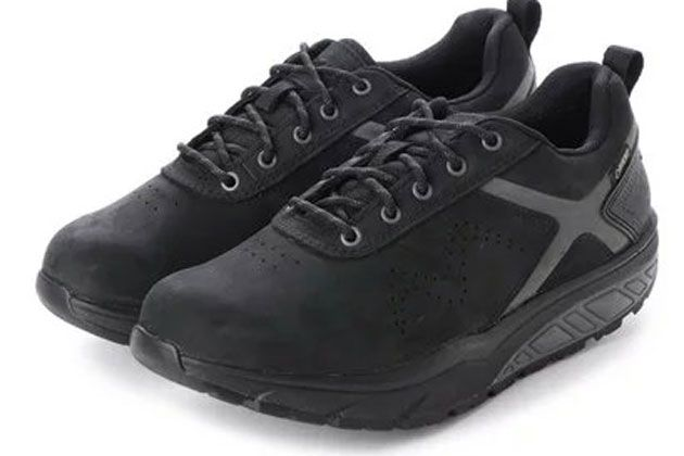 MBTの厚底靴を履いて、おしゃれしながら健康に。選び方と買いの10足