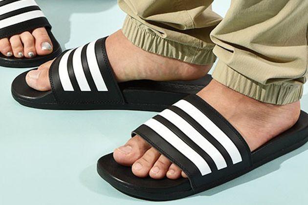 今季注目のシャワーサンダル。大人の履き方と人気モデル10選