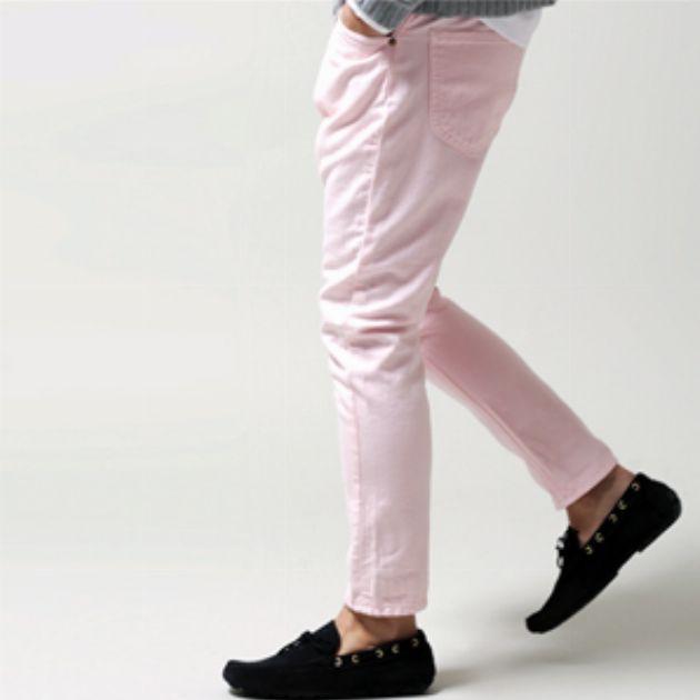 涼しさ重視の夏パンツは褪せ色&ペールトーン!