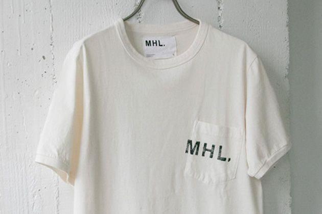 ナチュラルな抜け感が魅力。MHL.のTシャツが夏の大人に味方する