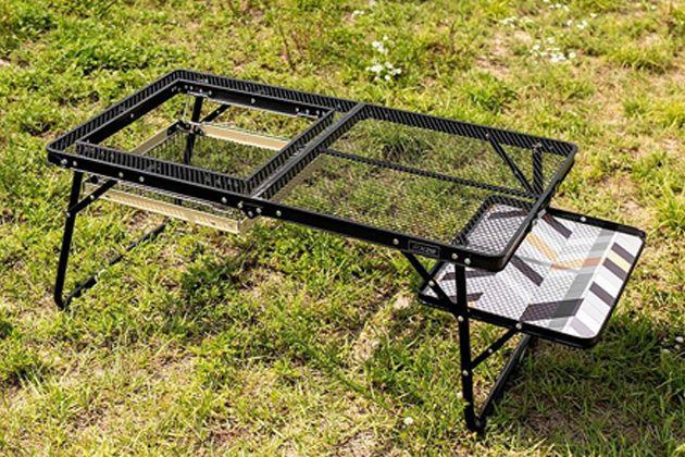 バーベキューテーブルを使えば、お店のような快適さと楽しさが味わえる!