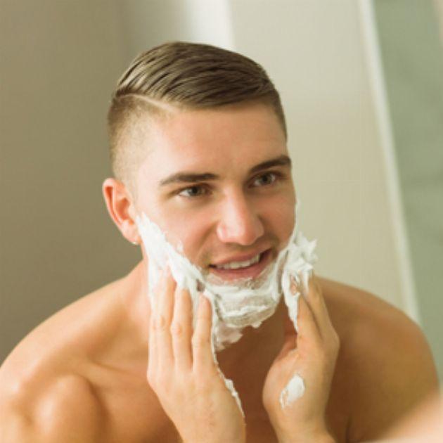 顔から加齢臭が!?  オヤジ化を防ぐ正しい洗顔方法