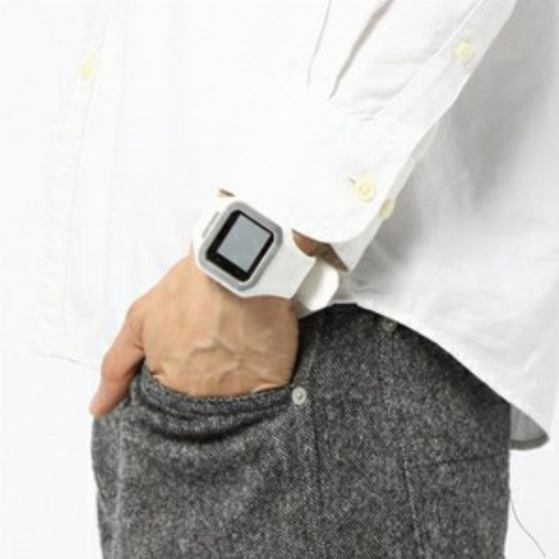 休日服に合わせたい! ラバーバンド腕時計の選び方