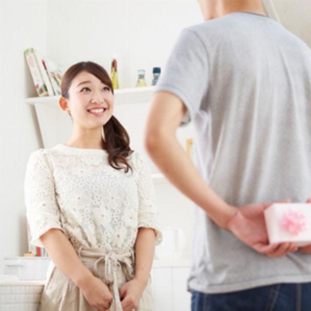 間違いなく妻が喜ぶ! 最新コスメ&美容器具10選