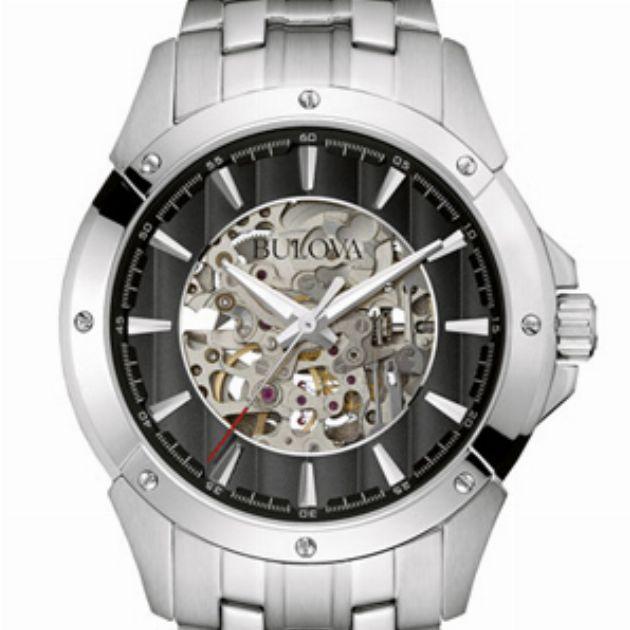 腕時計好きを夢中にさせるオープンワークがおもしろい