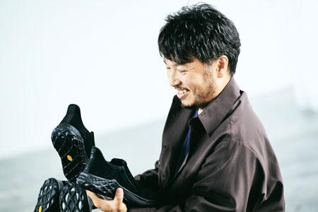 スタイリスト杉浦さん直伝。6色の「ジャングル モック 2.0」の履きこなし方
