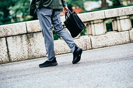 ファッション観を変えてくれる靴。「ジャングル モック 2.0」から目が離せない