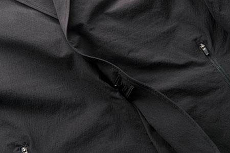 窮屈さ、不快感を徹底排除。現代的なビズスタイルにハマる「パッカーズジャケット」 4枚目の画像