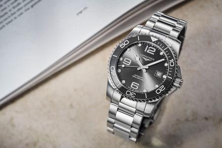 ▼スポーティな腕時計がお好みなら「ハイドロコンクエスト」も選択肢に 2枚目の画像