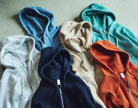 定番から旬カラーまで選び放題。大充実の色バリエーション