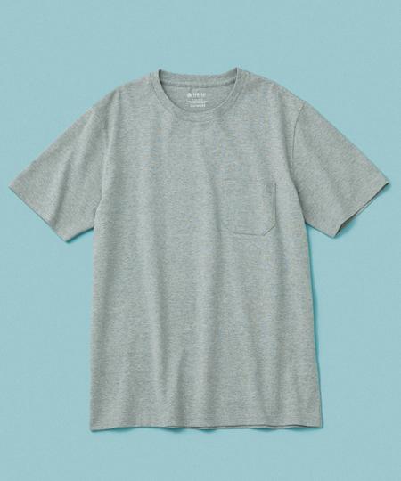 ▼Tシャツ2:汗ジミの不安とは無縁。いつも爽やかに着られる「アンチソーキッド」