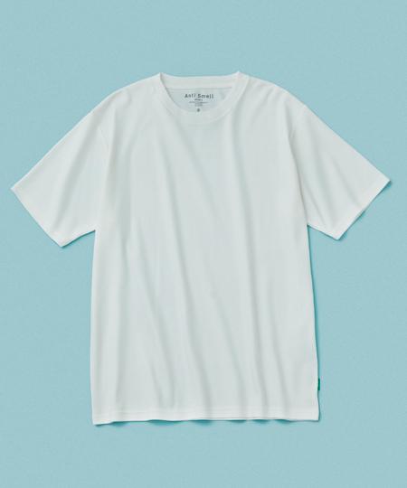 """▼Tシャツ3:""""クサクナイ""""から近距離でも安心。嫌な臭いを防ぐ「アンチスメル」"""