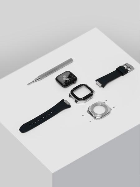 組み立ては簡単。自分の手で愛用のApple Watchにステータスを宿す