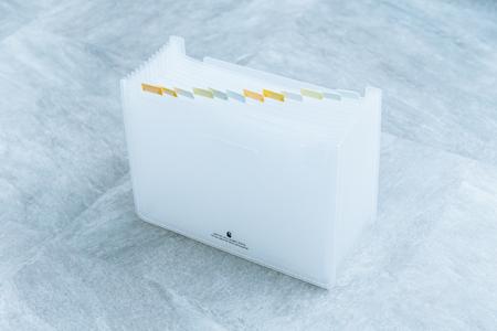 『セキセイ』セマック ドキュメントスタンド A4 ホワイト/1,155円(税込)